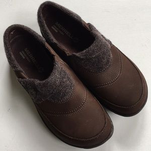Like new Merrell leather shoes